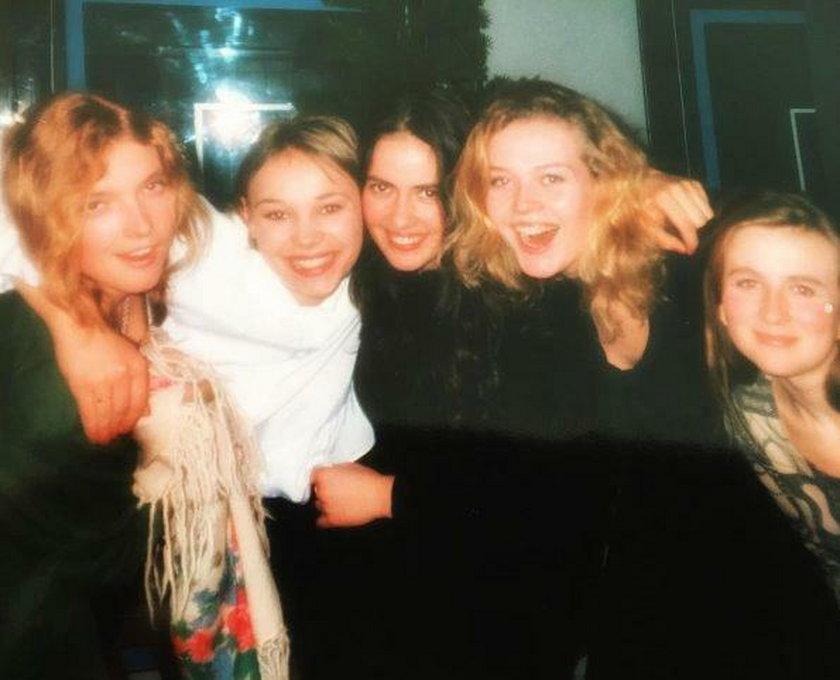 Tamara Arciuch z koleżankami ze studiów