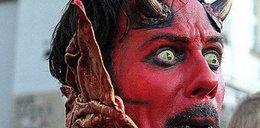 Diabeł z pl. Mariackiego walczy z urzędnikami