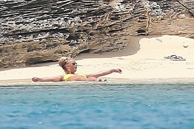 Britni Spirs na Bahamima