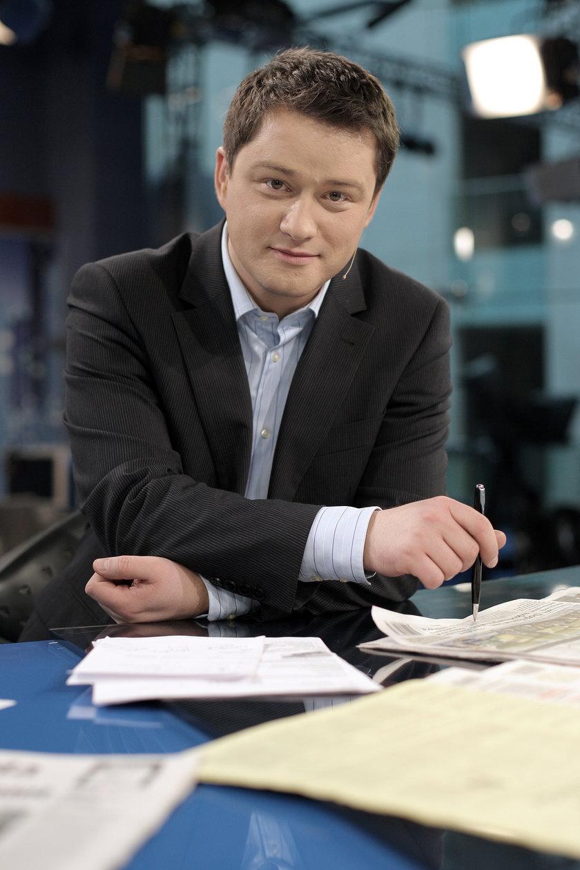 Jarosław Kuźniar w studiu TVN 24