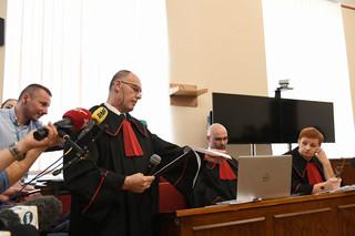 Prokuratura wniosła o kary 25 lat więzienia dla oskarżonych ws. afery Amber Gold