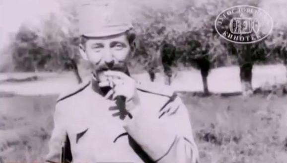 Major Vojislav Tankosić, pred objektivom američkog snimatelja