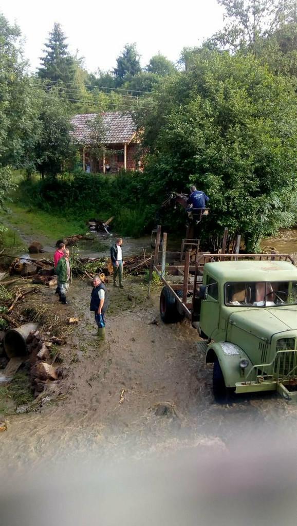 Poplavljeno u selu Brusnik