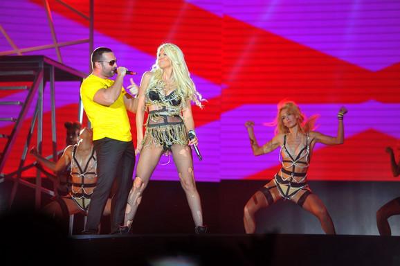 Ipak bez reprize:Jelena Karleuša na sinoćnjem koncertu