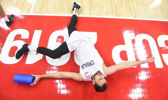 Fotografija sa zagrevanja košarkaša Srbije