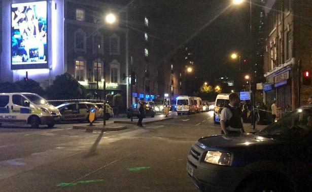 Zamachowcy wjechali samochodem w pieszych na moście London Bridge