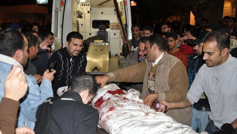 Zamach przed kościołem w Egipcie. Wielu zabitych