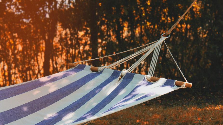 angelina-kichukova-hammock-nature
