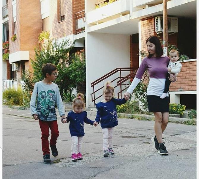 Tamara sa svojom dečicom