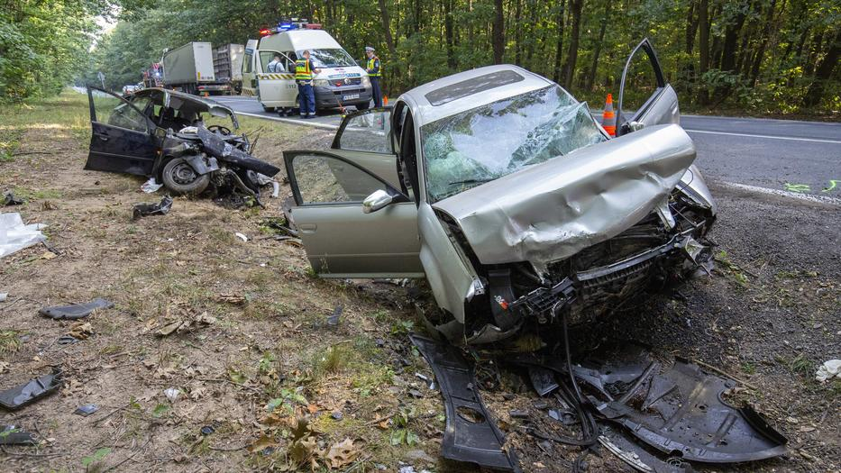 Halálos baleset a 74-es főúton / Fotó: MTI Varga György