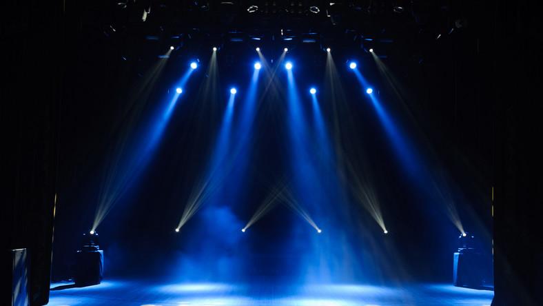 scena światła
