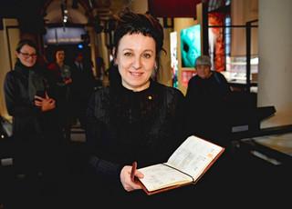Olga Tokarczuk przekazała Muzeum Nagrody Nobla kalendarz z 2018 roku z osobistymi zapiskami