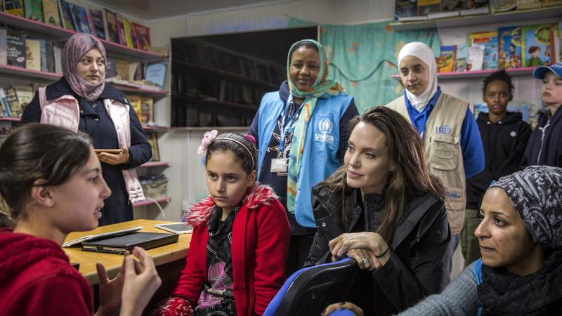 epa06482310 - JORDAN SYRIA REFUGEES UNHCR (Angelina Jolie visits Syrian refugee camp in Jordan)