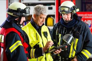 Ponad 1300 interwencji straży pożarnej. Wichury uszkodziły dachy na 116 budynkach