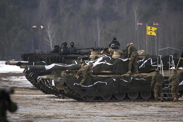 vojna vežba poljska