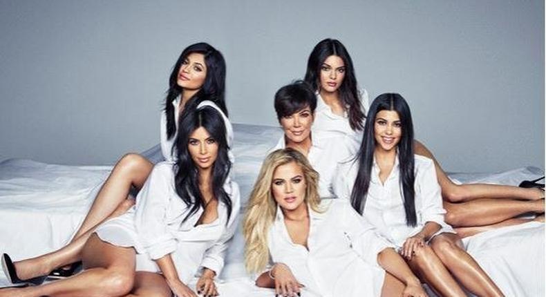 The Kardashian-Jenner clan make Cosmopolitan magazine's November 2015 isuue
