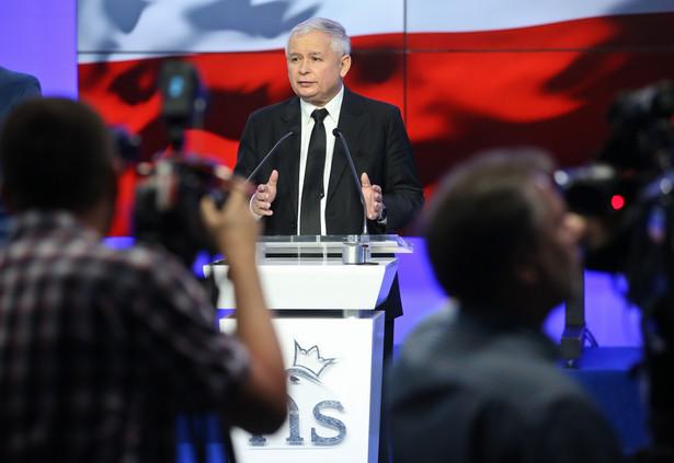 Konferencja Jarosława Kaczyńskiego. Fot. PAP/Rafał Guz