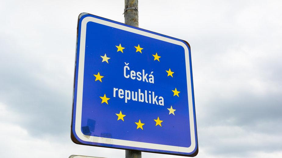Koronawirus: Czechy i Słowacja wprowadzają stan wyjątkowy