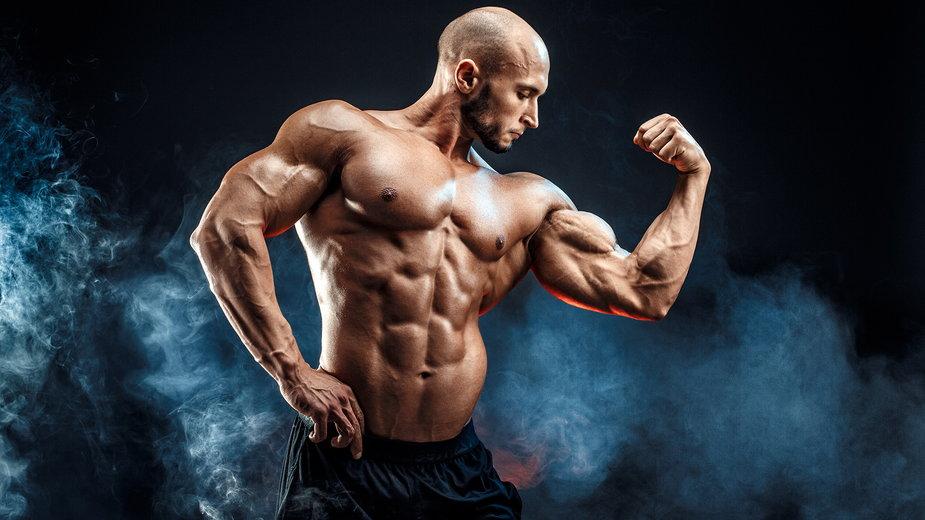 Biceps nie rośnie – przyczyny