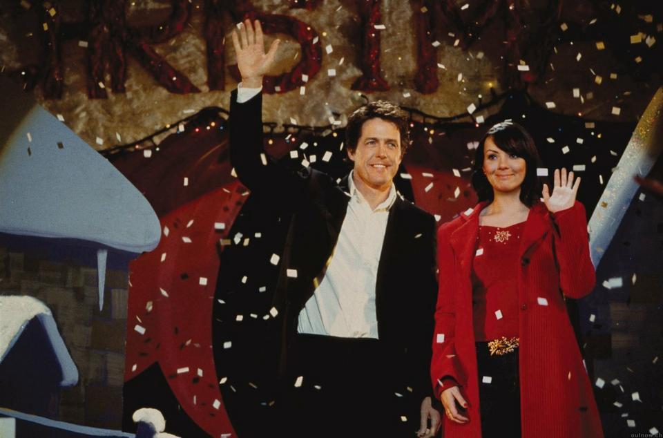"""Hugh Grant i Martine McCusheon w filmie """"To właśnie miłość"""""""