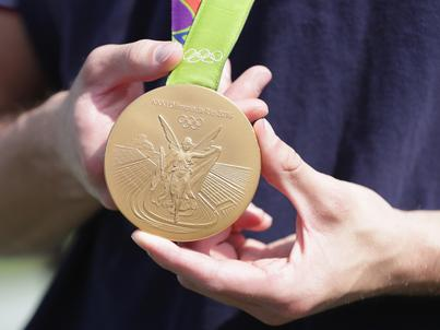 Tak wygląda złoty medal olimpijski z igrzysk w Rio de Janeiro