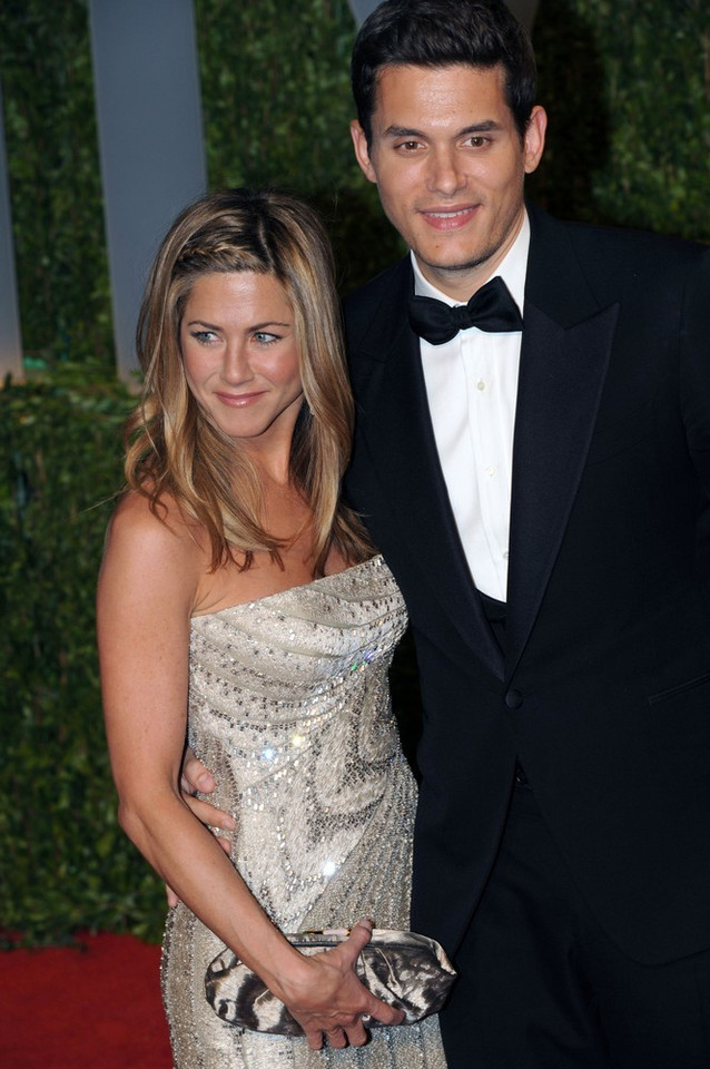 John Mayer i Jennifer Aniston w 2009 roku