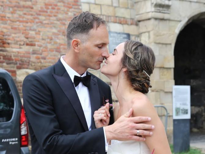 Prelepa glumica i naš teniser BLISTAJU na venčanju: SVADBA NA KALEMEGDANU iz specijalnog razloga