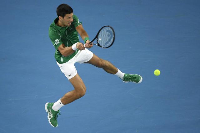 Novak Đoković na meču prvog kola Australijan opena protiv Jan-Lenarda Štrufa
