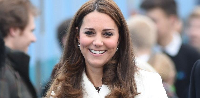 No wreszcie! Księżnej Kate w końcu widać brzuszek
