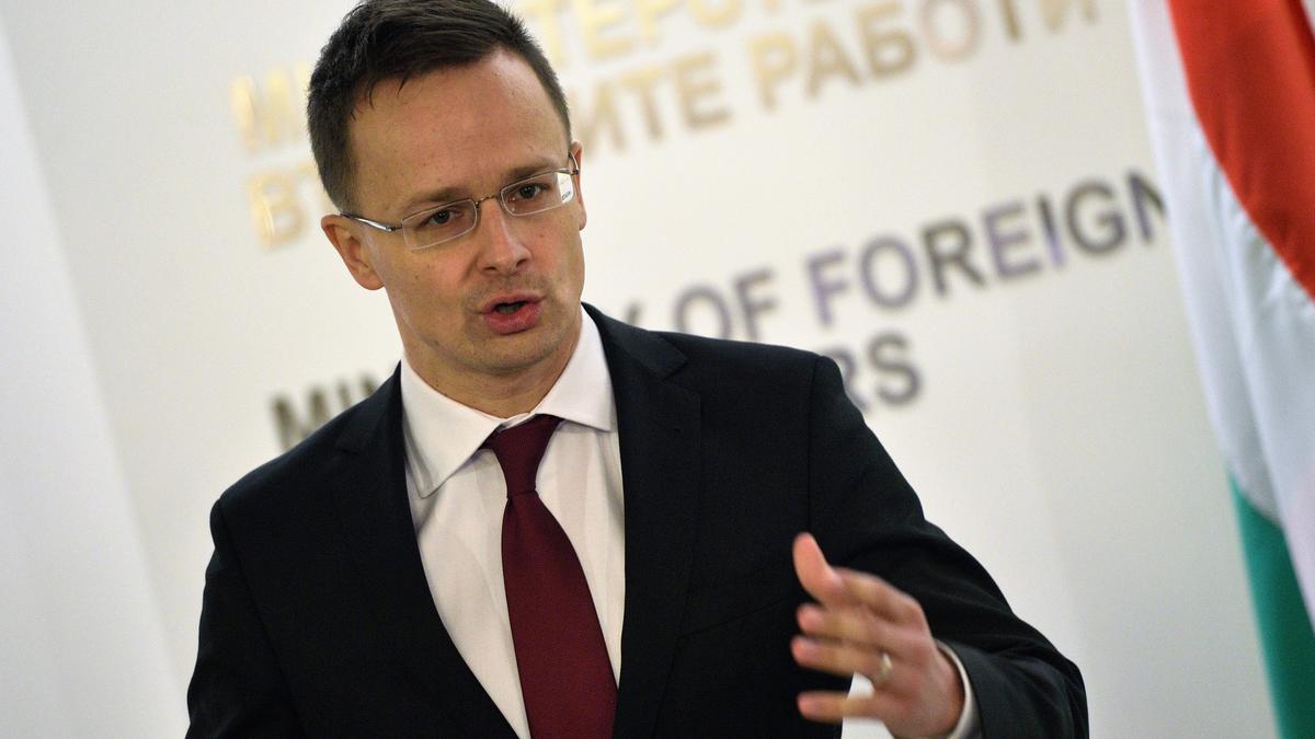 Díszpolgár lett Szijjártó Péterből - videó