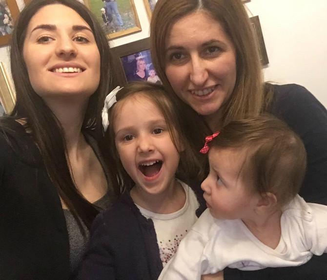 Ana je sa svojom prvom ćerkom prošla kroz STUDIJE, JEDAN OTKAZ I RAZVOD: Ovo je njena priča