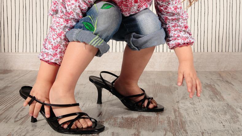sandały na koturnie dla dzieci 9 lat