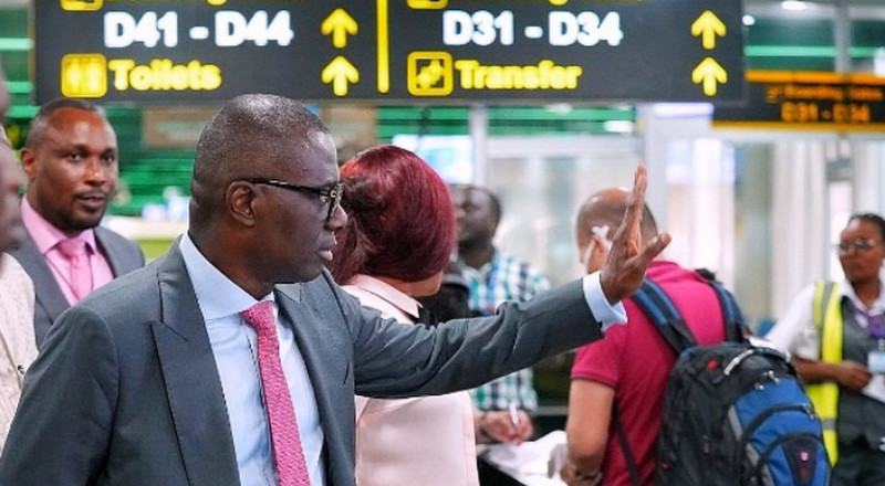 Coronavirus: Sanwo-Olu urges residents to stay away from beaches, parks, tourist sites
