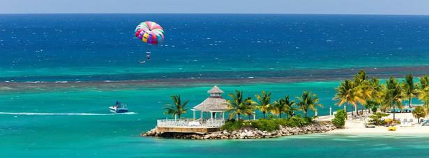 Ocho Rios - miasto na Jamajce. Po polsku nosi nazwę Osiem rzek. Miasto położone na północnym wybrzeżu Jamajki. Jeden z głównych ośrodków turystycznych na wyspie.