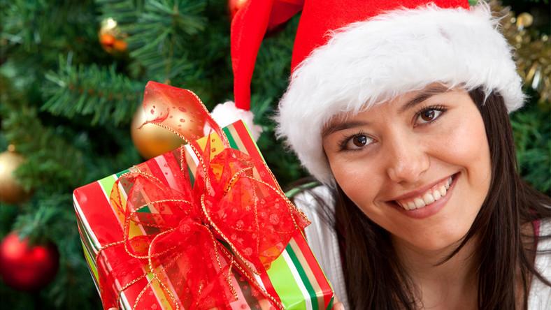 Być piękną na Święta? Wystarczy 315 godzin
