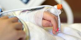 Lekarze walczą o życie 4-miesięcznej dziewczynki. Aresztowano matkę
