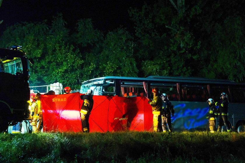 Dziewięć osób zginęło w katastrofie busa. Zatrzymano jedną osobę