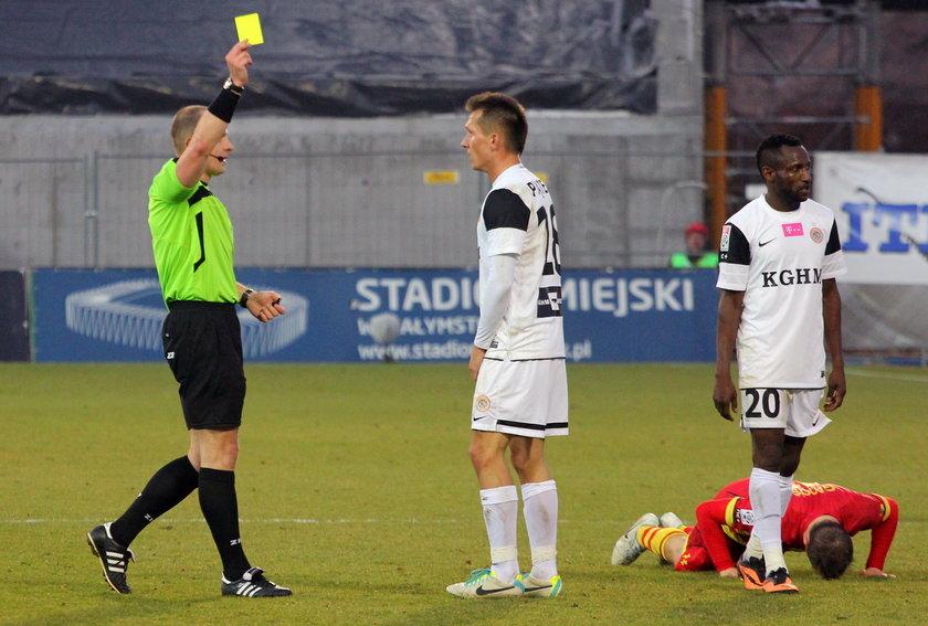 FIFA  zmienia przepisy gry w piłkę nożną