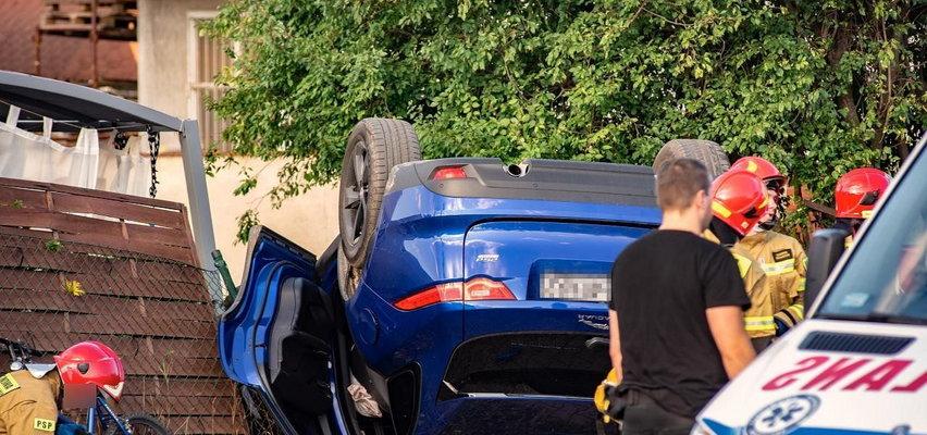 Tragiczny wypadek w Poznaniu. Jaguar potrącił rowerzystę
