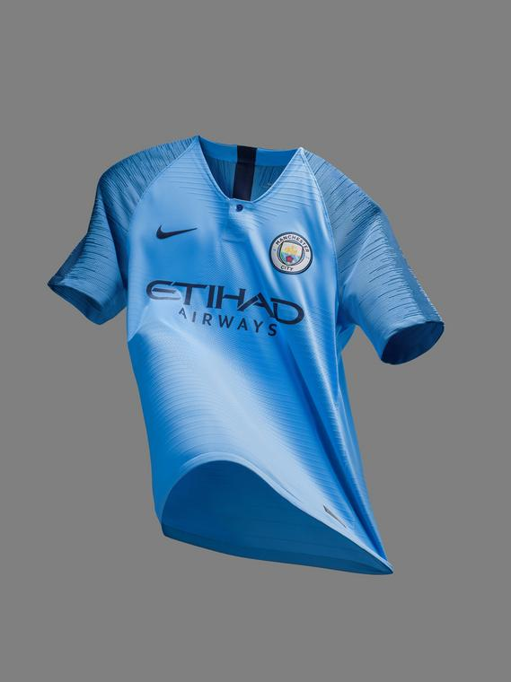 Manchester City 2019/20 home jersey