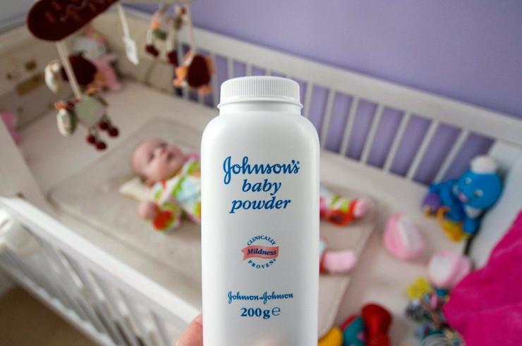 džonsonov puder za bebe
