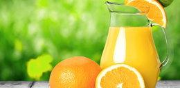 Ile z owocu znajdziemy w soku? Ekspert wyjaśnia