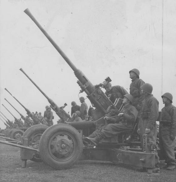 Armaty przeciwlotnicze Bofors 40 mm