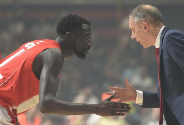 Mohamed Faje i trener KK Crvena zvezda Milan Tomić