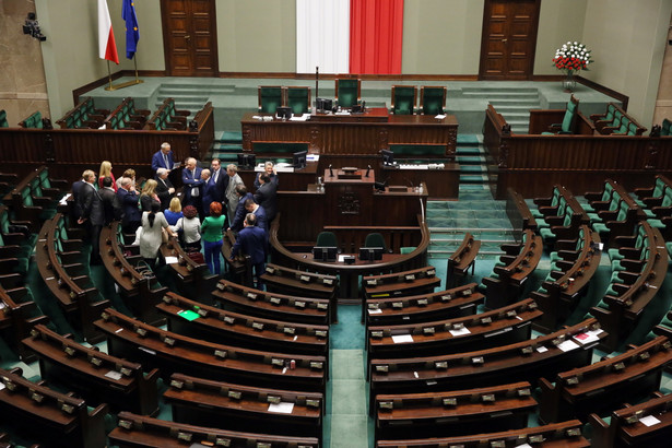 Sejm, PAP/Tomasz Gzell