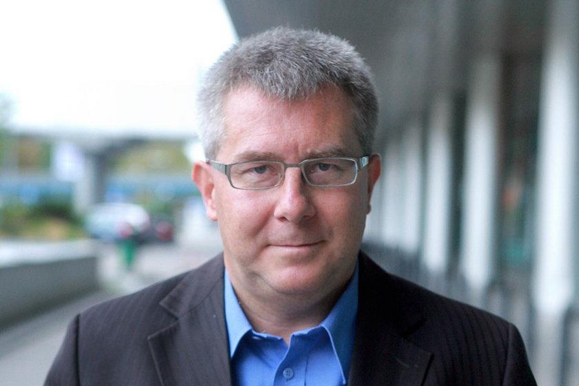Ryszard Czarnecki został dziadkiem!