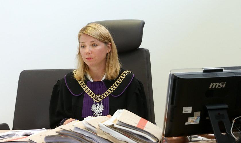 Ruszył proces Piotra T. Broni go aż troje adwokatów!
