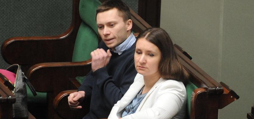 """Elbanowscy żądają zaprzestania szczepień dzieci. """"To narażanie zdrowia najmłodszych"""""""