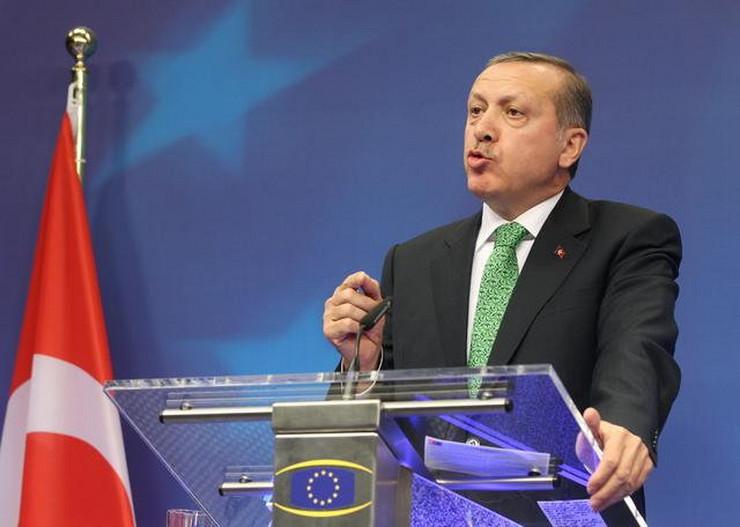 Erdogan ocenjuje da je Gulen opasan i za bezbednost SAD
