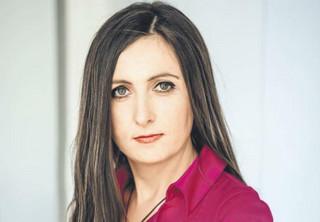Dorota Karczewska - prawniczka z pokerową twarzą